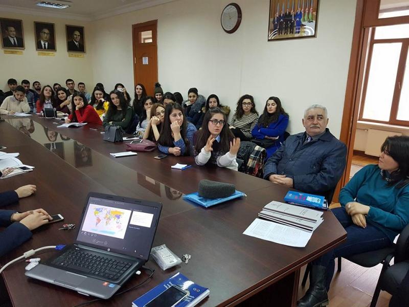 BDU-nun bir qrup tələbəsi AMEA Coğrafiya İnstitutunun gənc alimləri ilə görüş keçiriblər