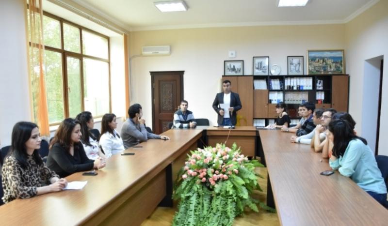 AMEA Gləreologiya və Geofizika İnstitutnda gənclərin elmi seminarında doktorantlar məruzə edib