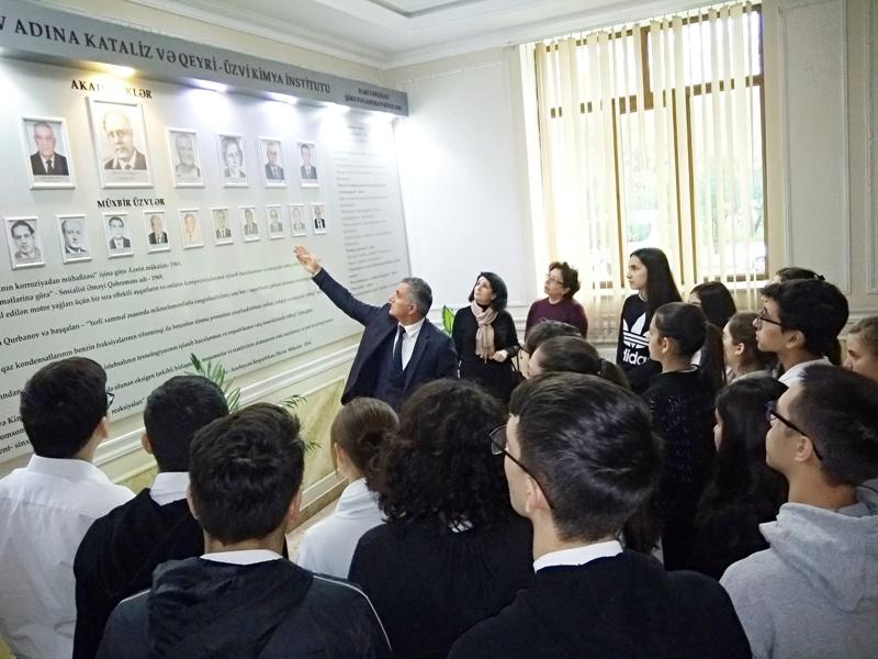 Bakı Avropa Liseyinin şagirdləri AMEA Kataliz və Qeyri-üzvi Kimya İnstitutuna ekskursiya ediblər