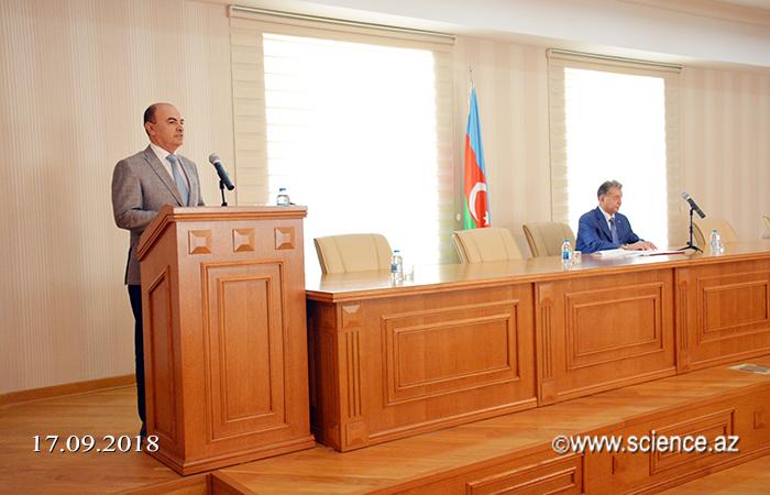 AMEA-a yeni qəbul olan magistrantların Bilik Günü qeyd edilib