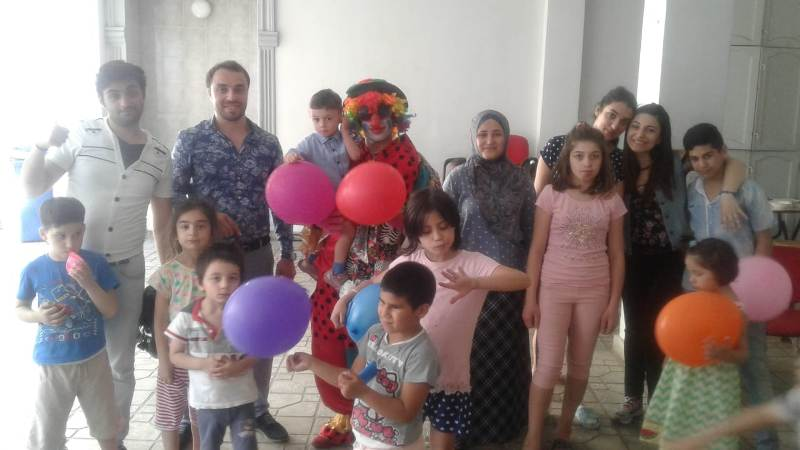 AMEA Torpaqşünaslıq və Aqrokimya İnstitutunun gənc alimləri kimsəsiz uşaqlar evini ziyarət edib