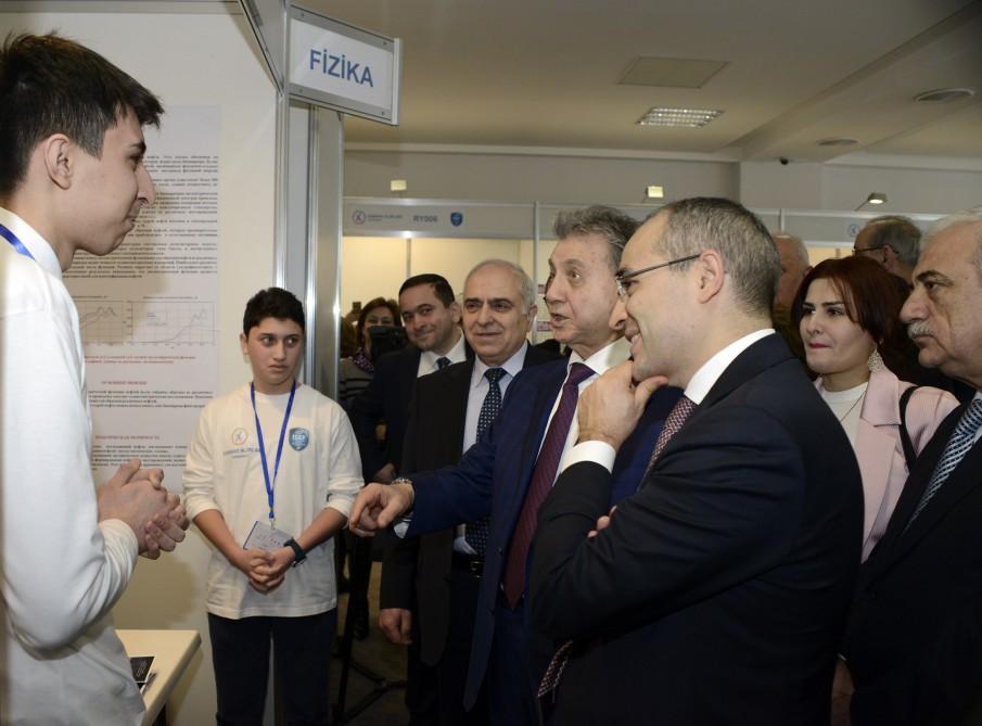 """""""Sabahın alimləri"""" müsabiqəsinə 125 elmi layihə təqdim olunub"""