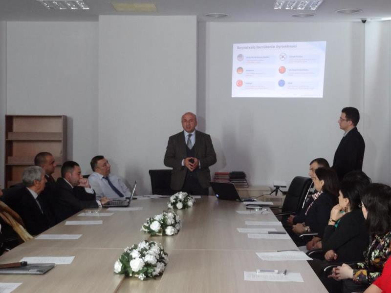 """Alimlər üçün """"İnnovasiya fəaliyyəti və elmin kommersiyalaşdırılması"""" mövzusunda marifləndirmə seminarı keçirildi"""