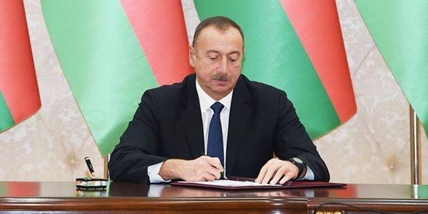 """Azərbaycanda """"Elm günü"""" təsis olundu"""