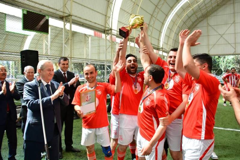 Gənc Alim və Mütəxəssislərin IV Futbol Çempionatının qalibləri mükafatlandırıldı