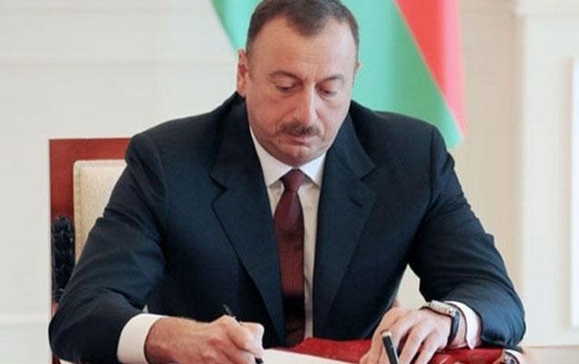 """""""Azərbaycan gəncliyi 2017-2021-ci illərdə"""" Dövlət Proqramı təsdiq edildi"""