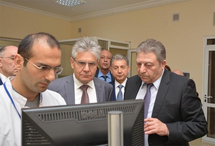 Rusiya Elmlər Akademiyası prezidentinin rəhbərlik etdiyi nümayəndə heyəti AMEA-nın bəzi institutlarında olub