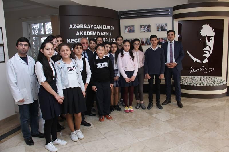Məktəblilərin AMEA Aşqarlar Kimyası İnstitutuna ekskursiyası təşkil edilib