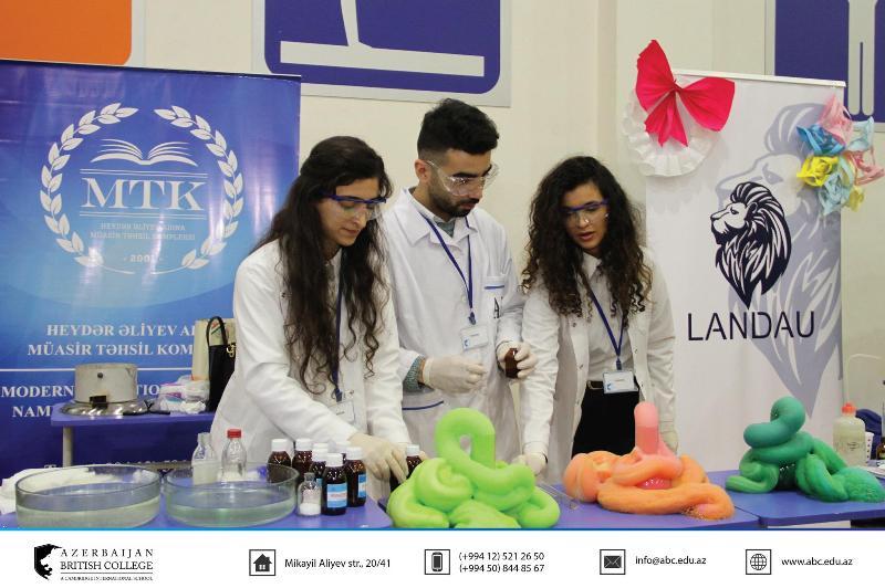AMEA Aşqarlar Kimyası İnstitutu Azərbaycan Britaniya Kollecində keçirilən Bilik sərgisində məktəblilərə dəstək verib