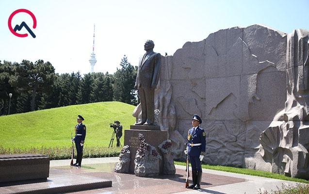 Bu gün ümummilli lider Heydər Əliyevin 95 illik yubileyi qeyd edilir