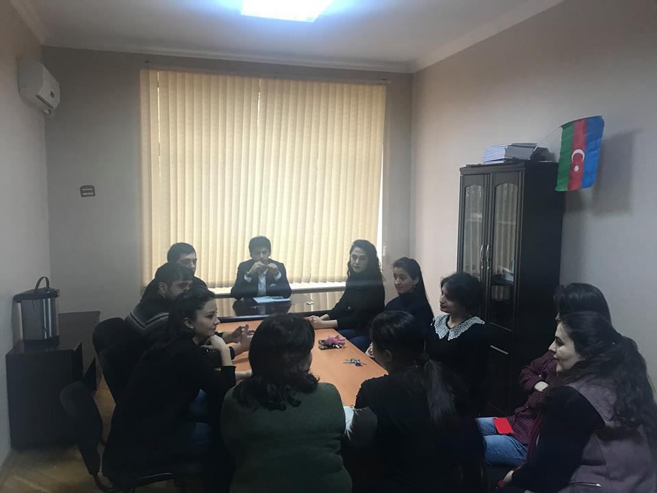 """Gənc geoloq alim və mütəxəssislər üçün """"Let's speak English"""" adlı danışıq klubu təşkil olunub"""