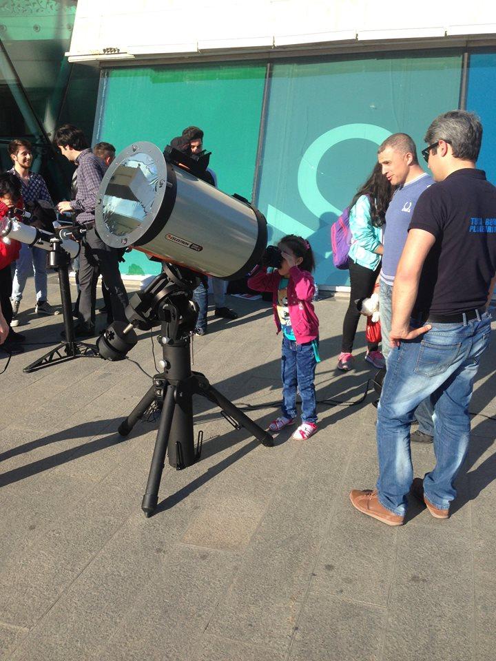Merkurinin Günəşin qarşısından keçməsi teleskoplarla nümayiş olunub