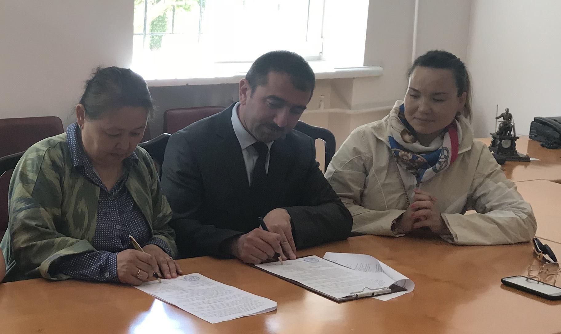 AMEA Mərkəzi Nəbatat Baği yeni memorandum imzalayıb