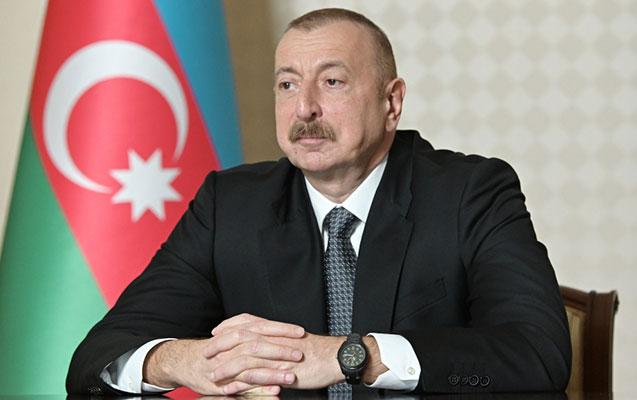 """Preident İlham Əliyev bir qrup hərbiçiyə """"Vətən Müharibəsi Qəhrəmanı"""" adı verdi"""