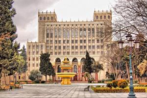 AMEA-nın magistraturasına qəbul olunan bakalavrların qeydiyyatı davam edir