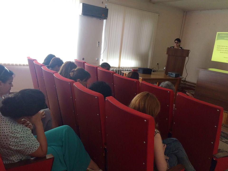 Mikrobiologiya İnstitutu Gənc Alim və Mütəxəssislər Şurasının elmi seminarı keçirilib