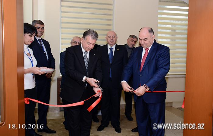 AMEA-da İnternet Xidmətləri Mərkəzi açıldı