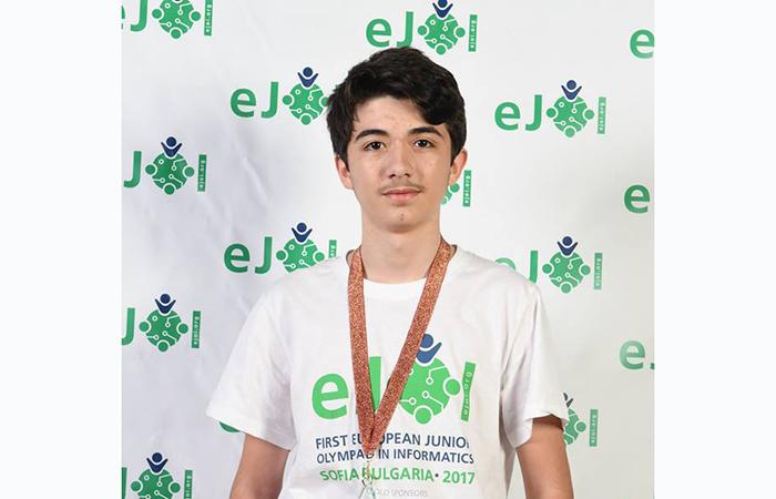 Azərbaycan məktəblisi İnformatika üzrə Avropa Olimpiadasında qaliblər sırasında....