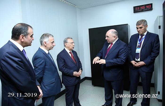 AMEA-nın prezidenti, akademik Ramiz Mehdiyev İnformasiya Texnologiyaları İnstitutunda yaradılmış innovativ şəraitlə tanış olub