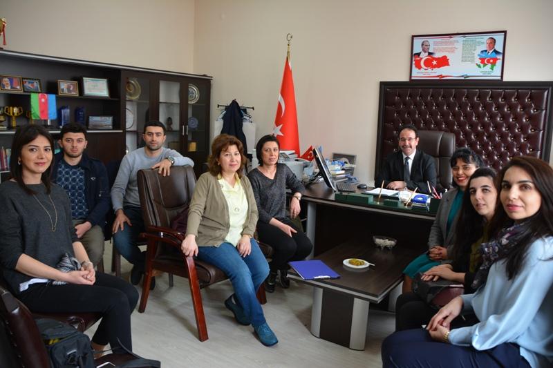 AMEA Fizika İnstitutunun gənc alimlərinin təşkilatçılığı ilə Baki-Türk Anadolu liseyində görüş keçirilib